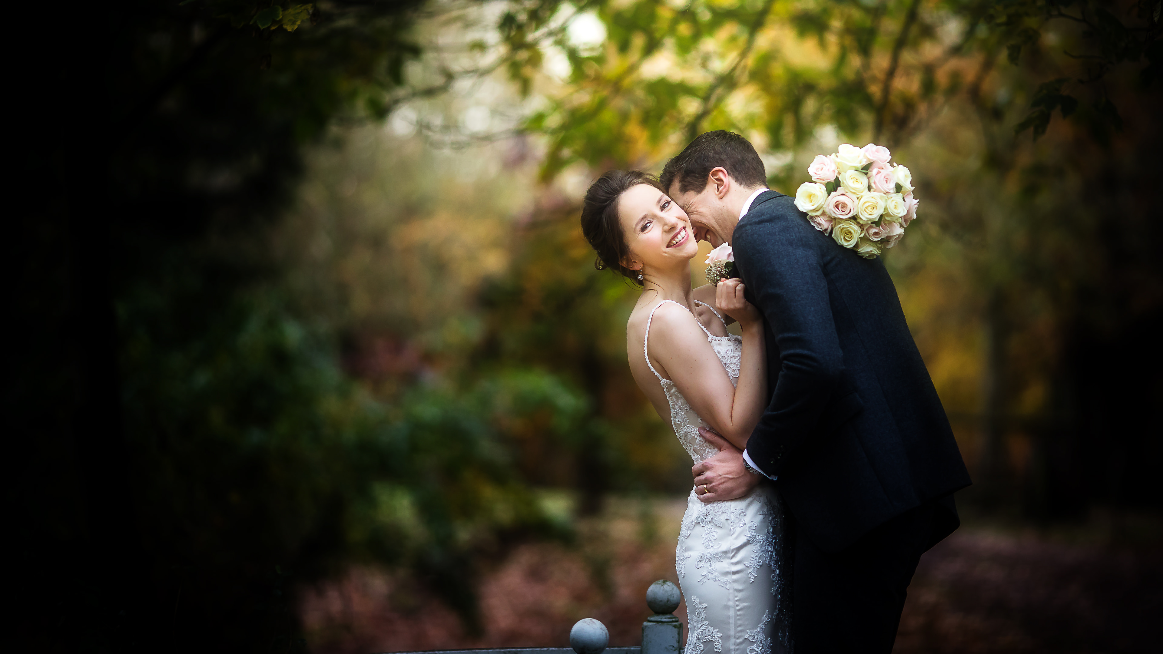 How to Choose a Wedding Photographer - 10 Tips For Selecting ...